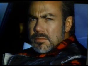 Sven-Ole Thorsen a joué avec Ventura ET Schwarzenegger dans Predator et The Running Man. Ce même Arnold a refusé de jouer dans Abraxas (BRAVO!) pour jouer dans Terminator 2 (REBRAVO!!!). Sven a joué dans Terminator 2. Il a aussi joué dans Double détente, avec Arnold ET James Belushi, qui apparait en caméo dasn Abraxas. Tout est dans tout!!!