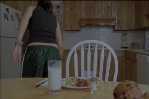 Pourquoi personne ne mange son repas dans les films? Ça a l'air bon en plus.