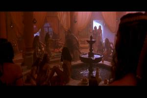 Mathayus atterit dans un harem...