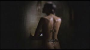 Pour prendre sa douche comme dans un film sans nudité, à la maison, il vous faudra: