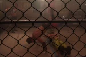 Le tag-team des zombies vs les luchadors. Tous des lutteurs entourant le Squared Circle Training, école de lutte de Toronto.