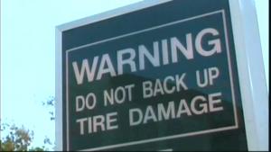 """""""En marche arrière, attention aux pneus"""""""
