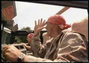 De la grande comédie alors que Hogan se prend pour Louis de Funès en envoyant paître la police.