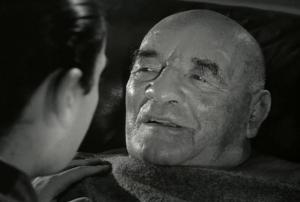 Au tournage, il a tellement bien joué ce malaise cardique, puis la mort, que lorsque Dassin a coupé, les secours ont été appelés pour ramener Zbyszko à la vie.