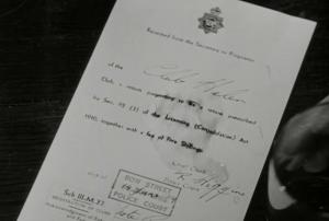 Le mensonge qui va sceller le destin de Harry, une fausse licence de bar.