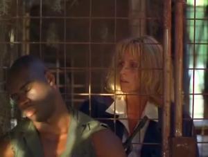 Tout ça à cause d'un seul garde qui n'avait qu'une job... pas s'endormir DOS aux prisonniers... DEVANT la cage... AVEC ses clés sur lui...