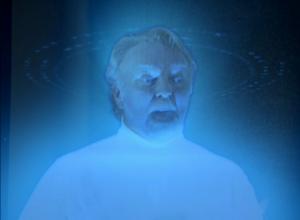 Un savant mélange entre Zordon, le père de Superman de 1978, Leia qui demande de l'aide à Obi-Wan Kenobi et Mufasa qui aide Simba en direct des nuages.