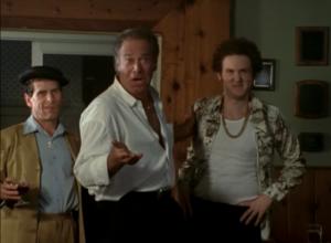 Trois gars qui pourraient être des acteurs masculins des années 80...