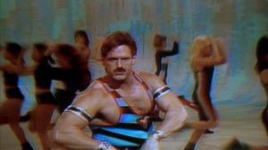 Dans ce monde de fou, Jesse The Body Ventura est le DDP de la gang.