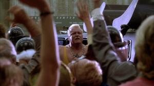 Le gars des scies mécaniques, Buzzsaw, est une genre de pâle copie de Hulk Hogan, avec le bling de Mr. T