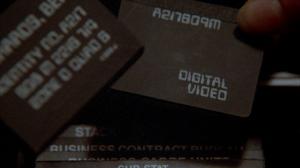 """Même si on avait déjà pensé au carte SD pour transporter de la """"vidéo digitale""""!"""