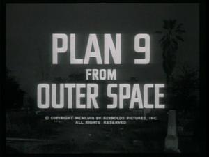 Le même générique, du film Plan 9, d'Ed Wood, en 1959