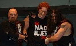 Jean-Philippe Nadeau (Nad Blues), entouré des champions par équipe de la FCL, Ghost Rider et Nino Mancuso
