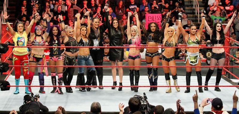 WWE-womenRevolution