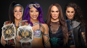 The Boss 'N' Hug Connection contre Nia Jax et Tamina