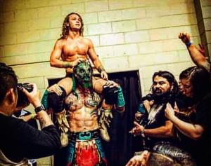 Luchasaurus blessé! Lui et Jungle Boy devait prendre part à un combat les opposants à Rey Fenix et Pentagon, ce soir à AEW :Dynamite.