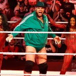 brodus-clay-with-cameron-and-naomi-wrestling-photos