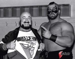 Deux légendes de la lutte: Mad Dog Vachon et Animal crédit: Linda Boucher