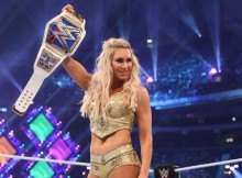 Charlotte-Flair-SmackDown-title